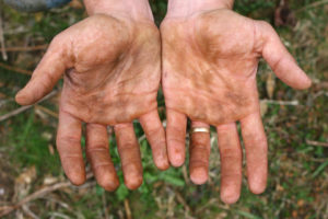 dirty-hands-1-1438009